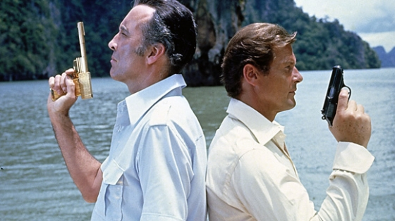 The Man with the Golden Gun - Christopher Lee, Roger Moore